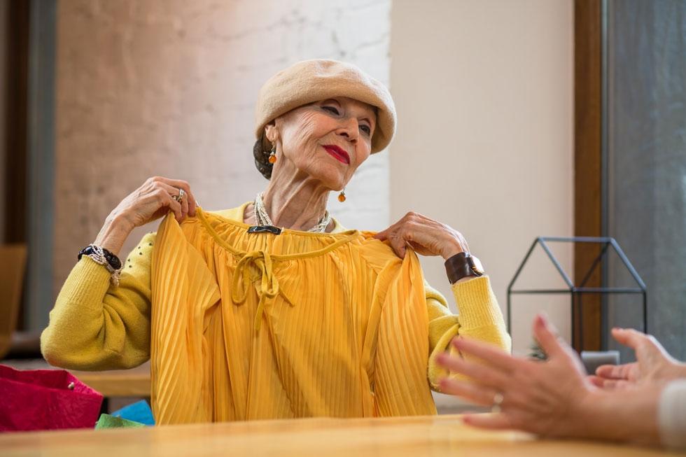 Bekleidung für Senioren kaufen von Ihr mobiler Bekleidungsspezialist